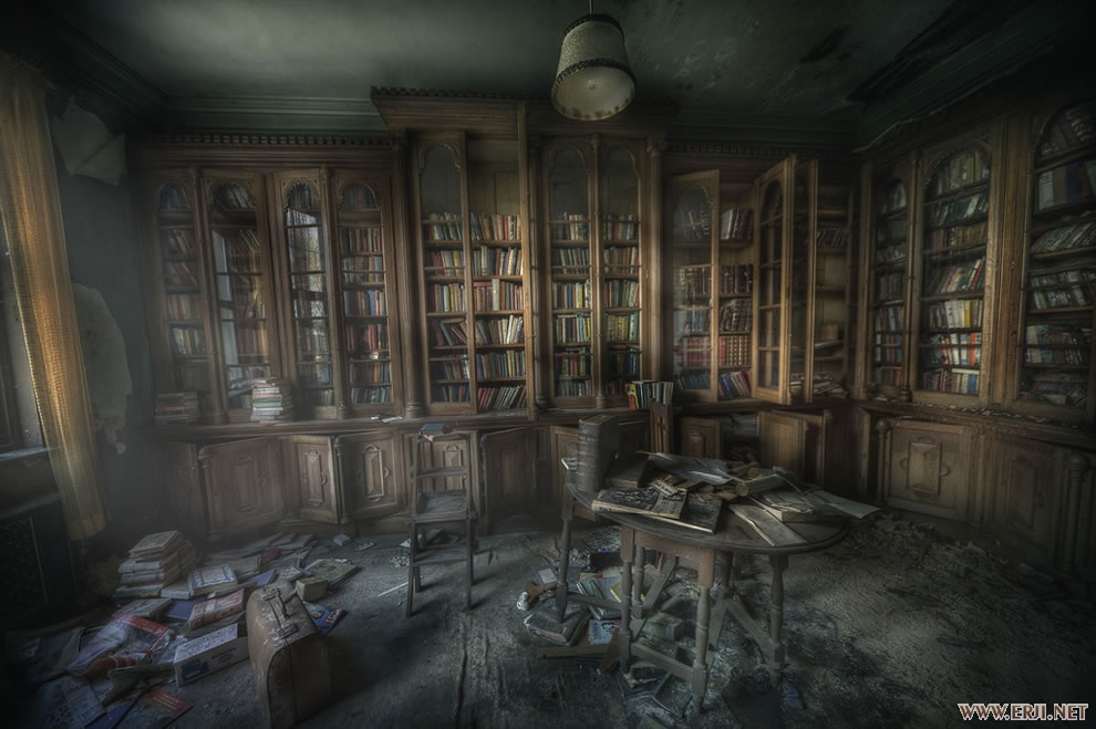 Library-ghosts-The-Manor-library-was-very-dusty-and-the-smell-of-decay-and-paper.jpg